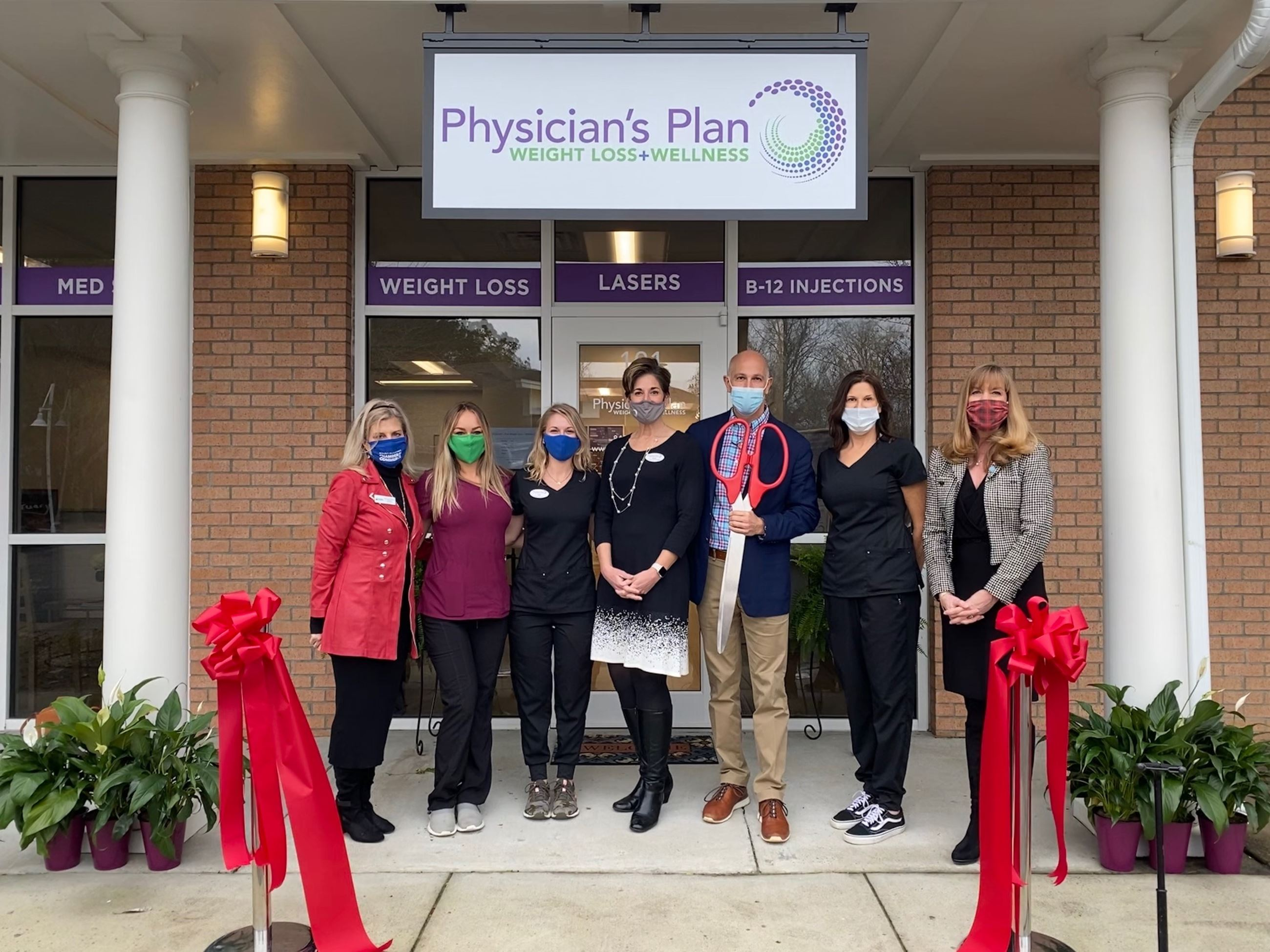 Physicians Plan Ribbon Cutting